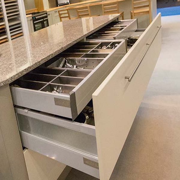 sotrage-feature-internal-drawers